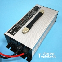T1500 Charger 1500Watts Charger Alloy Shell Charger for LiFePo4 / Li-Ion / Lead Acid Battery